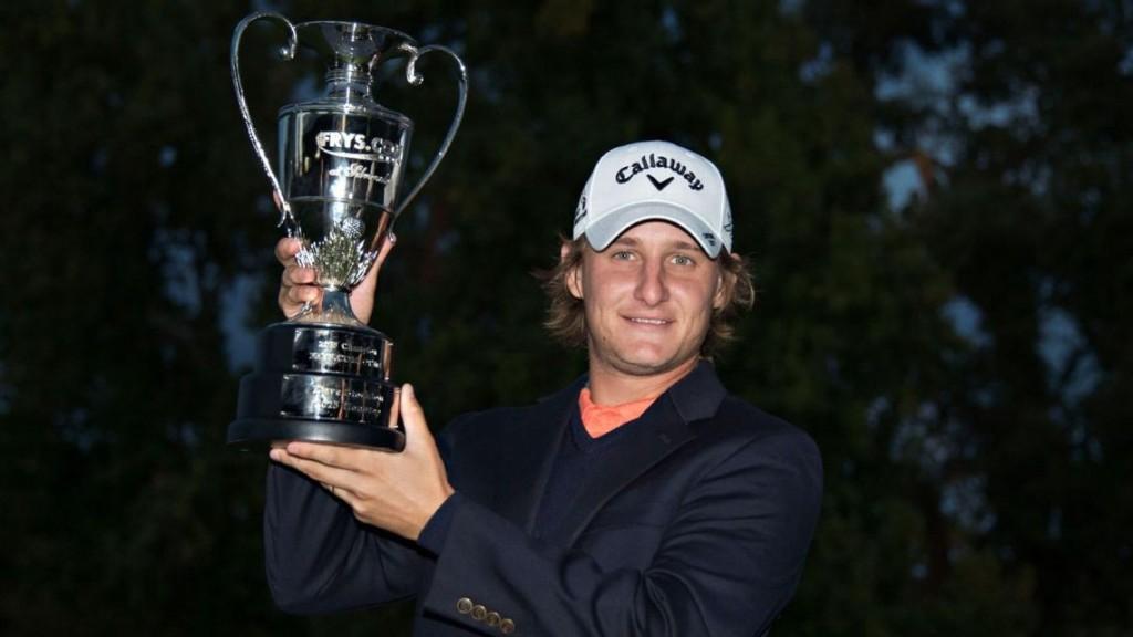 """แชมป์.."""" Portugal Master 2015 """" ....""""Andrew Sullivan """"..โปรหนุ่มวัย 29 ปี ของ..""""Men European Tour""""..จาก เมืองผู้ดีประเทศ อังกฤษ สกอร์ 23 อันเดอร์พาร์ รับเงิน 333,333 ยูโร ทิ้งอันดับที่ 2 ถึง 9 สโตรกเมื่ออาทิตย์ที่แล้ว"""