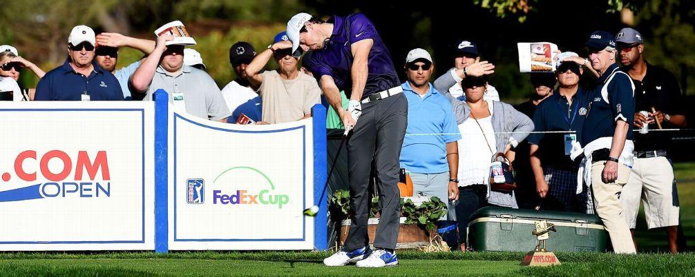 ". ""Rory Mcllroy "" โชว์วงสวิงเปิดฤดูกาล 2015-2016 ของ U.S. PGA  เมื่ออาทิตย์ที่แล้ว ผ่านมารายการ FRYS  . Com Open"