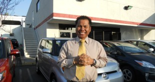 """""""ไซ จัน"""" ยินดีให้บริการสำหรับท่านที่ต้องการซื้อรถยนต์ Toyota และ Scion ทุกรุ่น ปี 2016 ดาวน์น้อยเพียง 10% พร้อมให้คำแนะนำเกี่ยวกับเงินกู้ซื้อรถ ตรงไปที่ Toyota of Glendale 1260 S. Brand Blvd., Glendale, CA 91204 สอบถามได้ที่ 818-572-4847 Office, 714-932-0790 Cell"""