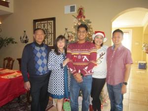 นาวี/ลิซ่า ศุภเนตร (คู่ซ้ายสุด) และ Mercy Samson Celebrate Christmas day with her daughter and son in-law December 25, 2016