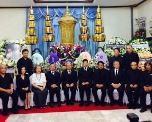 ดร.กมล ทัศนาญชลี ศิลปินแห่งชาติ และท่านชวน หลีกภัย ไปร่วมงานสวดอภิธรรม วันที่ 26 มกราคม 2560 ศาสตรเมธี ศิลปินแห่งชาติ นนทิวรรธน์ จันทนะผลิน วัดเครือวัลย์ กทม.
