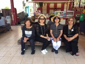 ทญ.อาภรณ์ ศรีพิพัฒน์ และ ขวัญตา พงษ์ธราธิก ไปร่วมโครงการท่องเที่ยววิถีไทย ตามรอยพระบาทกับโครงการพระราชดำริ ตั้งแต่วันที่ 1- 9 กุมภาพันธ์ 2017
