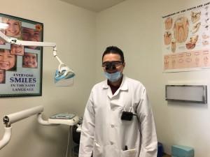 ตรวจสุขภาพฟันกับ ท.พ.มณี มณีปีตะสุข พิเศษ! เอ็กซเรย์+ตรวจฟัน+ขัดฟัน เพียง $70 เท่านั้น รับ Medical & Major Insurance ที่คลีนิคคุณหมอมณี 4606 Hollywood Blvd., Ste#B Los Angeles, CA 90027 ปรึกษา-โทรนัดล่วงหน้าได้ที่ 323-663-3850