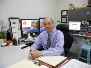 """ผู้ที่มีรายได้ต้องการทำภาษีรายได้ส่วนบุคคล-ห้างหุ้นส่วน-LLC & บริษัท ตรงไปที่ International Service Center 960 E. Las Tunas Dr.,#C San Gabriel, CA 91776 ติดต่อ """"โสภณ โสภณศรี"""" โทร. 626-286-1655"""