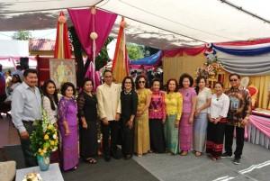 กงสุลใหญ่ ธานี แสงรัตน์ และ ภรรยา คุณชลทิพย์ กำภู แสงรัตน์ ไปเป็นประธานในงานเปิดป้ายวัดไทยศรีโสดาซันวัลเล่ย์ เมือง พาคอยม่า โดยมีสภาสตรีไปร่วม เมื่อวันที่ 21 May 2017
