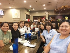 น.ท.วรรณพร เมนเซอร์ นายกสมาคมไทยและเอเชียตะวันออกเฉียงใต้แห่งแคลิฟอร์เนีย เลี้ยงต้รับครูอาสารร.ภาษาไทยวัดพุทธจักรมงคลรัตนาราม จากม.ราชภัฎบ้านสมเด็จฯ@Chiness Restaurant in Escondico อาทิตย์ที่ผ่านมา