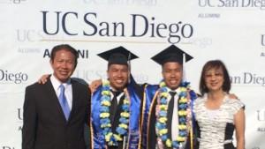 สุชาติ ทองนพคุณและภรรยา ดีใจที่ลูกชายแฝด Kat และ Kan เรียนจบวิศวฯทั้งสองคนจาก UC San Diego, CA ปีการศึกษา 2017