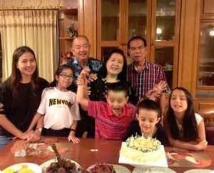 9. มิ.ย.2017 อมร จุลเสวี ทำบุญเลี้ยงพระครบ100วันให้คุณแม่/คุณพ่อ และคุณป้าบุญเรียมมีน้องๆ พล.อ.ดร.เกษมชาติ-คุณหญิงนงเยาว์. นเรศเสนีย์. นายแพทย์เฉลิมชัย คุณนิตยา คุณลัดดาวัลย์ ภรรยา พล.ท.พรธเนตร. สุนทรเกตุ และ กัปตันพงษ์เทพ. นเรศเสนีย์ ( การบินไทย). และคุณรังสิมา. ธรรมมิวัฒิวงศ์. และลูกหลาน จุลเสวี. ซึ่งเดินทางมาจากL A ณ.วัดลาดปลาเค้า บางเขน. กทม.
