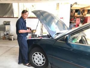 """รับซ่อมรถยนต์ทุกชนิด โดย """"พอล"""" ช่างผู้ชำนาญงาน สำหรับท่านที่อยู่ในเขต San Gabriel และใกล้เคียง สอบถามได้ที่ 626-524-9599"""