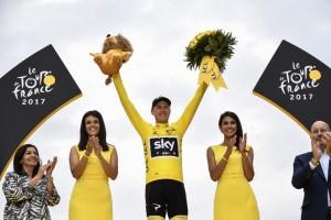 """แชมป์...Tour de France 2017 ครั้งที่ 104 ...เป็นไปตามฟอร์มของ..""""Chris Froome""""..นักปั่นชาวอังกฤษวัย 32 ปีสามารถรักษาแชมป์เอาไว้ได้อีกครั้ง ครองแชมป์สมัยที่ 4 รายการนี้เป็นการแข่งขันจักรยานทางไกลที่เก่าแกยิ่งใหญ่ของโลก.."""