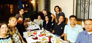 กลุ่มคนไทยเชิญกงสุญใหญ่ธานี แสงรัตน์และภรรยา คุณ ชลทิพย์ กำภู แสงรัตน์ ไปร่วมโต๊ะ อาหารเพื่อแสดงความขอบคุณที่ชุมชนไทยได้ผู้นำที่เข้มแข็งและมีจิดอาสาที่ช่วยพัฒนาชุมชนไทยให้ก้าวหน้าโดยไม่คำนึงถึงความเหนื่อยยากและไม่ถือตัว