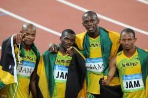 """9 ปีที่รอคอยผลของการตัดสินเมื่อต้นปีนี้ที่เมือง .. Lausanne , Switzerland ยอดลมกรด ..""""Usain Bolt""""..ออกมายอมรับถึงความรู้สึกว่า.. 'หัวใจอาจต้องสลายลง'..หากหลังจากที่ถูกริบคืนเหรียญทองโอลิมปิกเหรียญที่ 9 ...วิ่ง 4x100 เพราะเพื่อนร่วมทีมไม่ผ่านตรวจโด๊ปยอดลมกรด..ชาวจาไมก้า.. เจ้าของฉายามนุษย์ที่เร็วที่สุดในโลก มีอันต้องเสียสถิติที่เป็นนักกรีฑาคนแรกของโลกที่คว้าเหรียญทองโอลิมปิกได้แบบ """"ทริปเปิล ทริปเปิล"""" หรือ 3 ทอง 3 สมัยติดต่อกันในประเภทวิ่ง 100 ม., 200 ม., และ 4X100 ม.หลังจากล่าสุดคณะกรรมการโอลิมปิกสากล หรือ.. IOC...ได้ออกมายืนยันว่าพบสารกระตุ้นต้องห้าม ในตัวเพื่อนร่วมทีมของเขา...""""Nesta Carter"""".. ที่ 2 จากซ้ายมือ หนึ่งในเพื่อนร่วมทีม วิ่งผลัด 4x100 ในการแข่งขันโอลิมปิก ที่กรุงปักกิ่งปี 2008 ทำให้..""""ทีมชาติจาไมก้า"""".. อาจจะต้องถูกยึดเหรียญทองคืนในประเภทนี้ รวมถึง ..Usain Bolt, Asafa Powell , Michael Frater.. ถูกยึดเหรียญไปด้วย..Usain Bolt.. เขาเคยได้ให้สัมภาษณ์เมื่อเดือนมิถุนายน ที่ผ่านมา (2015) หลังทราบผลการตรวจโด๊ปรอบแรกของเพื่อนร่วมทีมว่า การต้องคืนเหรียญทองที่ได้รับมาถือเป็นอะไรที่ทำให้หัวใจต้องสลายเขาบอกด้วยว่า """"คุณทำงานหนักมาหลายปีเพื่อคว้าเหรียญทองต่างๆ มาครอง และทำงานหนักเพื่อให้ได้เป็นแชมป์ แต่เป็นเพราะหนึ่งในสิ่งเหล่านั้น"""".. ผลการตรวจโด๊ปล่าสุด เป็นผลมาจากการนำเทคโนโลยีใหม่ มาใช้สุ่มตรวจ 454 ตัวอย่างจากนักกีฬาที่แข่งขันโอลิมปิกที่กรุงปักกิ่ง 2008 สำหรับสารต้องห้ามที่พบในตัวของ..""""Nesta Carter""""..  คือ.."""" methylhexaneamine (เมทิลเฮ็กซานามีน ) ซึ่งสำนักงานต่อต้านการใช้สารกระตุ้นโลก หรือ..""""Vada"""".. ประกาศห้ามใช้มาตั้งแต่ปี ค.ศ. 2004..หลังจากที่ผลการตัดสิน..Carter ได้ให้ข่าวว่าเขาใช้สารต้องห้าม ตามคำแนะนำจากโค้ชของเขาชื่อ.."""" Mr. Stephen Francis""""..ได้ใช้มานานแล้วและได้ใช้มาตลอดเคยส่งตัวอย่างฉี่ของเขาไปให้ตรวจโดย..""""Cell Tech และ..""""Nitro Tech""""..มาแล้วผ่านการตรวจทุกครั้งไม่พบสารต้องห้าม""""..ขณะนี้นั้นเขาอยู่ในระหว่างการต่อสู้ต่อคำตัดสินถ้าคำตัดสินออกมาเหมือนยังเช่นเดิม ...จะทำให้เหรียญทองตกไปเป็นของทีมชาติ..""""Trinidad and Todago""""..อันดับที่ 2 เหรียญเงินเป็นของทีมชาติ..""""Japan""""..อันดับที่ 3 เหรียญทองแดง เป็นของทีมชาติ..""""Brazil"""".."""
