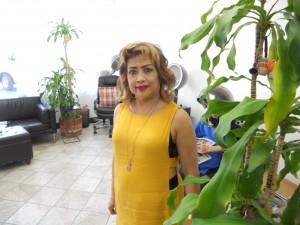 """ตัดแต่งทรงผม&ทำสีผม-ไฮไลท์ ทั้งสุภาพบุรุษ-สตรี พร้อมรับแต่งหน้า-ทำผม ในทุกโอกาส โดย """"ต้อยติ่ง"""" ชวนจิตร บุญนรากร ช่างผมมืออาชีพ ที่ Toi Beauty Salon โทรนัดล่วงหน้าได้ที่ 323-462-9455"""
