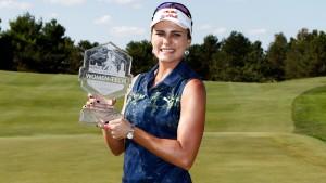 """Lexi Thompson ...กลายเป็นโปรกอล์ฟสาว... LPGA Tour ..คนแรกที่คว้าแชมป์รายการ..""""Indy Women in Tech Championship """".. ที่จัดการแข่งขันขึ้นมาเป็นครั้งแรก ในปีนี้ที่ มลรัฐ..  Indiana...ทำสกอร์รวม 19 อันเดอร์พาร์"""