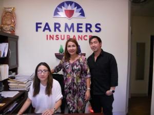 """สนใจทำประกันภัยทุกประเภท รถยนต์, มอเตอร์ไซค์, เรือ, เจ็ทสกี, บ้าน, ชีวิต, สุขภาพ, Worker's Comp. ธุรกิจ-ร้านค้าอื่นๆ ติดต่อโค้ตราคาได้ที่ """"โอ๋"""" ชัญญา และ ทีมงาน Farmers Insurance ใน Hollywood โทร. 323-988-3377"""