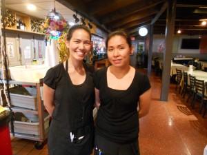 """บริการดีๆ จาก """"ฟ้า & ปู"""" พร้อมลิ้มลอง ยำปลาดุกฟู, ไก่ย่าง, หมู-เนื้อแดดเดียว, ส้มตำปู, เนื้อน้ำตก, ลาบไก่, ปูนิ่มทอดกระเทียมพริกไทย และอื่นๆ ที่ร้าน The Original Khun Dang เมือง Van Nuys จองโต๊ะ-สั่งทูโกได้ที่ 818-442-9936"""