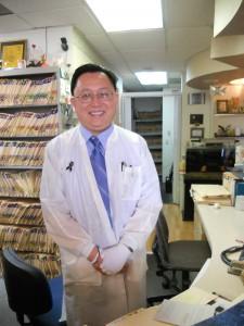 ตรวจเช็คสุขภาพฟัน กับ ท.พ.จิรวัฒน์ หวังวงษ์วิวัฒน์ ทำความสะอาดฟัน, อุดฟัน, ถอนฟัน, ฟันปลอม, ฟอกฟันขาว, จัดฟันแบบเหล็ก (Braces) ทั้งเด็ก-ผู้ใหญ่ ที่คลีนิครักษาฟัน ไทยสมายล์ เมือง N.Hollywood โทรนัดล่วงหน้าได้ที่ 818-765-8280