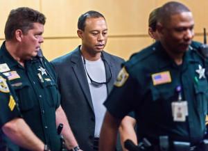 """ไทเกอร์.. """"Tiger Woods"""" รอดตัวคดีเมาแล้วขับ ภาคทัณฑ์ 12 เดือน """"Tiger Woods"""" ...ยอดโปรกอล์ฟคนดังในอดีตมืออันดับที่ 1 ของโลก ยอมรับผิดรอดคุกจากคดีเมาแล้วขับพร้อมโดนภาคทัณฑ์ 12 เดือน และบำเพ็ญประโยชน์ 50 ชั่วโมง ..เมื่อวันจันทร์ที่ 30 ต.ค. 60 """"Tiger Woods""""  โปรนักกอล์ฟชาวอเมริกันยอมรับผิดทุกข้อกล่าวหาต่อศาลในรัฐฟลอริดา...เมื่อวันที่ 27 ต.ค.ที่ผ่านมา หลังถูกจับกุมในละแวกบ้านพักย่านฟลอริดา เมื่อช่วงปลายเดือน พ.ค.ที่ผ่านมา โดยอดีตหมายเลข 1 ของโลก ถูกพบนอนหลับอยู่ในรถเมอร์เซเดส เบนซ์ ที่จอดอยู่ข้างทางใกล้บ้านพัก ในเมืองจูปิเตอร์ ไอส์แลนด์  โดยมีอาการมึนงงลืมตาไม่ขึ้น แต่เจ้าหน้าที่ตำรวจไม่พบแอลกอฮอล์หรือสารเสพติดแต่อย่างใด โดย """"Tiger Woods""""..ได้เดินทางเข้ารับฟังคำตัดสินของศาล และน้อมรับทุกคำตัดสินจากผู้พิพากษาศาลฟลอริดา โดย """"Tiger Woods""""..ของเราจะต้องเข้ารับโปรแกรม..Tiger Woods ..โชคดีเป็นจำเลยไม่ต้องติดคุกเนื่องจากกระทำผิดข้อหาเมาแล้วขับเป็นครั้งแรก ขณะเดียวกันนักกอล์ฟชาวอเมริกันต้องเข้ารับโปรแกรมดังกล่าว เพราะไม่เคยกระทำผิดเกี่ยวกับคดีอาญามาก่อน รวมทั้งให้ความร่วมมือกับเจ้าหน้าที่ตำรวจ และไม่ได้ขับรถชนจนสร้างความเสียหายให้กับผู้อื่น ทั้งนี้ ..""""Tiger Woods""""...ต้องโดนภาคทัณฑ์อีกเป็นเวลา 12 เดือนและปรับเงินจำนวน $250 กับค่าธรรมเนียมศาลรวมทั้งต้องเข้ารับการอบรมและร่วมกิจกรรมอภิปรายหัวข้อเหยื่อผู้ต้องหาเมาแล้วขับได้รับผลกระทบต่อการดำเนินชีวิตอย่างไร และบำเพ็ญประโยชน์ต่อชุมชนเป็นเวลา 50 ชั่วโมง สุดท้ายยังต้องเข้ารับการสุ่มตรวจหาสารเสพติดด้วย..ทั้งนี้หากยอดโปรกอล์ฟปฏิบัติตามเงื่อนไขความผิดข้อหาเมาแล้วขับจะถูกลบออกจากประวัติ แต่หากถูกจับกุมด้วยข้อหาเดียวกันจะต้องได้รับการพิจารณามาตรฐานเดียวกัน และต้องได้รับการพิจารณามาตรฐานเดียวกับผู้กระทำผิดครั้งที่ 2 ..."""