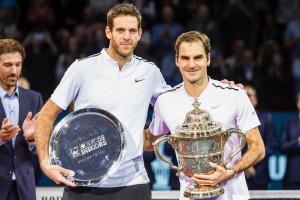 """เจ้าของแชมป์ .. """"แกรนด์ สแลม 19 สมัย"""" ..Roger Federer ..วัย 36 ปี คว้าถ้วยแชมป์ใบที่ 95 ในชีวิต เอาชนะ.. Juan Matin Del Porto 2-1 เซต คว้าแชมป์รายการ..ATP Tour Brazil ครั้งที่ 48..ในบ้านเกิดของตนเองสวิสเซอร์แลนด์.... Roger Federer...เป็นเจ้าของแชมป์รายการนี้มาแล้ว 7 ครั้ง คว้าถ้วยแชมป์รายการ ..ATP Tour ..ใบที่ 95 ตลอดอาชีพแซงผ่าน..Ivan Lendl..ที่ทำไว้ 94 รายการ ขึ้นอันดับ 2 ตลอดกาลรองจาก..Jimmy Conners...ที่ได้ทำฝากไว้ 109 รายการ ทั้งนี้มืออันดับที่ 2 ของโลก ที่มีความหวังว่าจะขึ้นมาครอบครองอันดับที่ 1 ของโลก ช่องว่างคะแนนสะสมยังคงห่าง .. Rafael Nadal ..มืออันดับที่ 1 ของโลกถึง 1,460 แต้ม ทำให้ต้องเตรียมลุยรายการสุดท้ายต้องคว้าชัยชนะให้ได้คือ..ATP World Tour Final ..ที่กรุงลอนดอน ที่มีคะแนนสะสมสูงถึง 2,000คะแนนแทน เพื่อหวังแซงขึ้นมืออันดับ 1 ของโลกในฤดูกาลนี้.."""