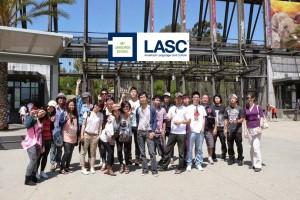 """สำหรับนักเรียนต่างชาติ หรือผู้ที่สนใจเพิ่มทักษะการใช้ภาษาอังกฤษ หลักสูตร ESL, TOEFL, IELTS ลงทะเบียนเรียนได้ที่ สถาบันสอนภาษา LASC ทั้ง 3 สาขา Irvine 949-756-0321, Los Angeles 213-384-4123 & Rowland Heights 626-810-2003 หรือติดต่อเจ้าหน้าที่คนไทย """"Ken"""" 213-384-7251"""