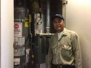 """ซ่อมเครื่องซักผ้า/Dry ผ้า-แอร์-ตู้เย็น-ฮู้ด-ฮีดเตอร์-ไมโครเวฟ-เตาแก๊ส-หม้อน้ำร้อน&เดินสายไฟบ้าน-ร้านค้า ติดต่อ """"อู๊ด"""" 818-955-5159, 818-331-4636 Cell"""
