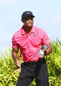 """มาดของมือโปรคนดังอดีตอันดับที่ 1 ของโลก """"Tiger Woods"""" ก็ยังมีความน่าเกรงขามหลงเหลืออยู่ให้ได้เห็น แสดงว่ายังไม่หมดเขี้ยวเล็บ ด้วยการจบเป็นอันดับที่ 9 ร่วม การแข่งขันรายการเฉพาะกิจ..Hero World Challenge..ที่เป็นรายการของตัวเขาเองเมื่ออาทิตย์ที่แล้ว"""