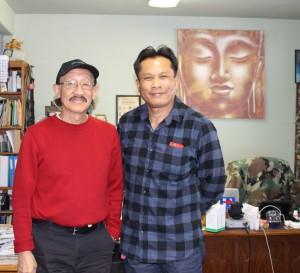 ครูเดชน์ ศรีอำไพ ผู้นำในวงการมวยไทยในอเมริกาเหนือ แวะสน.สยามมีเดีย เพื่อทักทายสวัสดีปีใหม่ 2018 ตามประสาคนรู้จักนับถือกันมายาวนาน