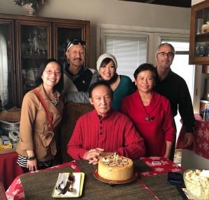 """เนื่องในวันคล้ายวันเกิดในวันที่ 11 January น้องๆ ไปร่วมกินเค้กวันเกิดของ พี่ชายคนโต """"โทนี่"""" เอกศักดิ์ ศรีพิพัฒน์ ที่บ้านพักในเมืองNarwalk, CA  Happy Birthday."""