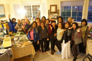 สวัสดีปีใหม่จากสาวๆ กลุ่มคุณผู้หญิงในซานฟรานซิสโกและขออวยพรวันเกิดให้พี่สบสุข ศิริโภค พี่สาวคนใจบุญขอให้มีความสุข สุขภาพแข็งแรง โชคดีๆตลอดไปนะคะ จาก Nikki. Nakornsri